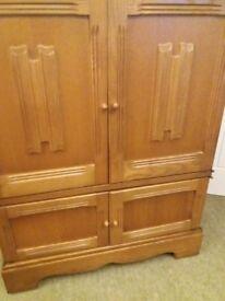 Priory tv/hi fi cabinet