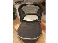 Uppababy Universal Carrycot/Bassinet for Vista or Cruz