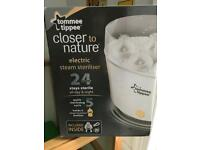 Tommee Tippee electric steam steriluser