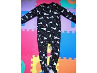 Carter's Fleece Feet Pyjamas. Size 3T.