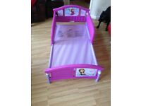 Frozen theme toddler girls bed