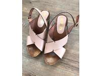 Lovely Pair of Ladies Wooden Heeled Sandals Size 4