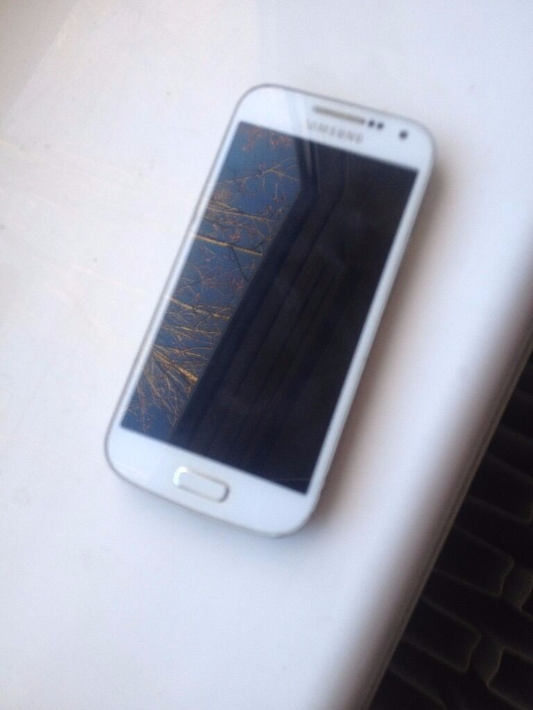 Samsung S4 (For Spare Parts onlyin Oxford, OxfordshireGumtree - Samsung S4 for Spares only. In very good condition apart from one small crack on screen