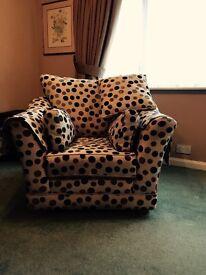 Polka dot Luxury M&S sofa