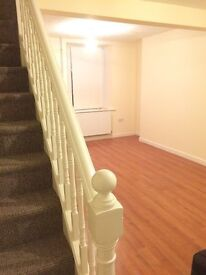 2 bed house to rent in Waun-Lwyd, Ebbw Vale - newly refurbished