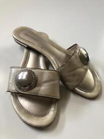 Graceland sandals in gold colour size 39