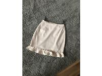 Miss Guided Size 6 nude/cream skirt
