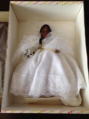 Effanbee Annabelle Black bride 3324  Pre-Owned In original box