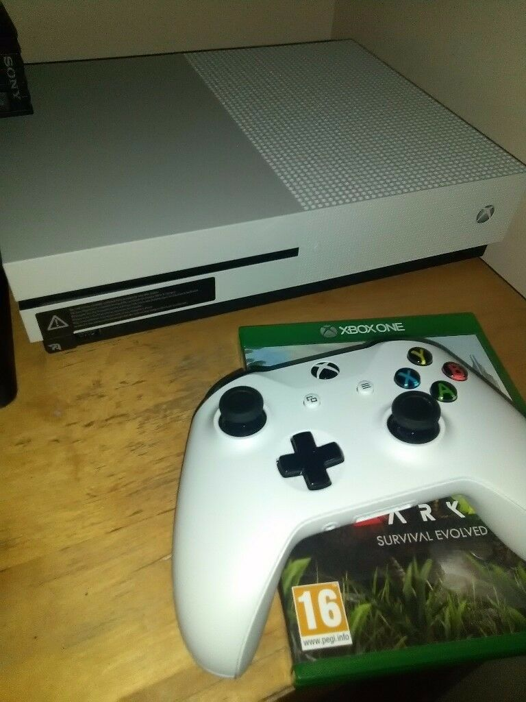 Xbox one S 500gb with ARK survival trade for iPhone 6 or a Gaming pc