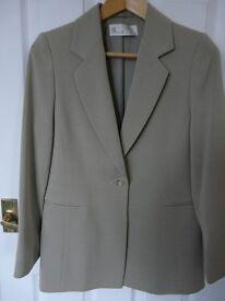 Womens Beautiful Smart Tailored Jacket