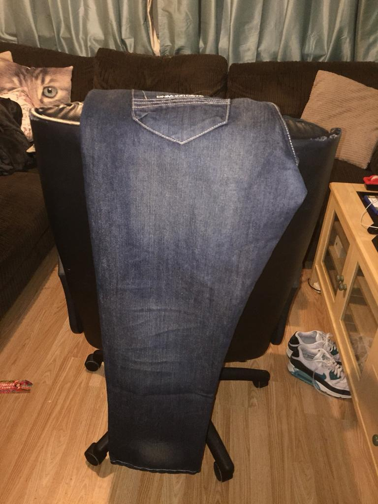 Men's jean only worn once