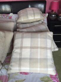 Check cushions
