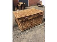 Wicker chest/large basket for storage