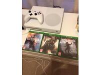 Xbox one s ( 500 Gb )
