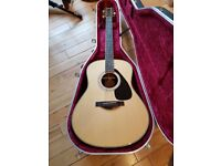 Yamaha LL16 Acoustic Guitar with case