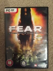 F.E.A.R. Fear First Encounter Assault Recon - PC Game