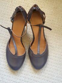 Spanish style 3-inch heels £15 new unused ☺