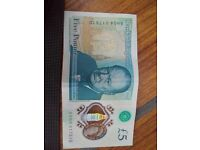 2 new five pound notes