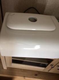 Twyfords toilet cistern