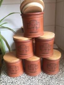 8 Stilton jars