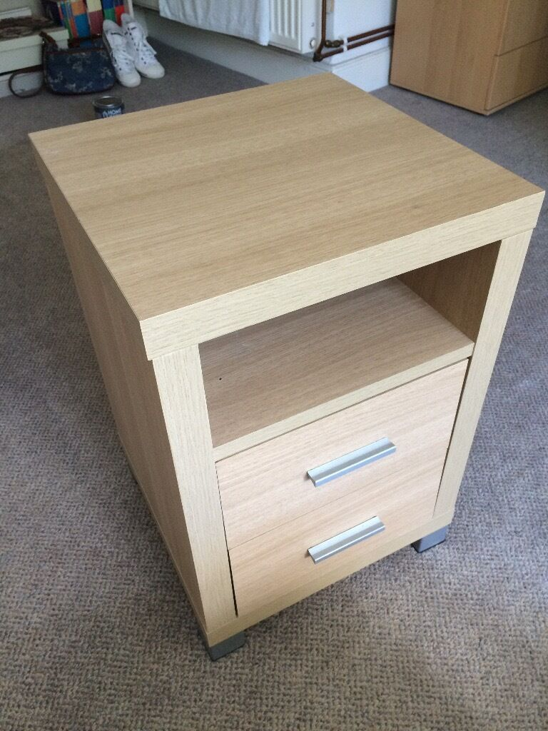 Bedside table - 2 drawers, hard wood, great condition