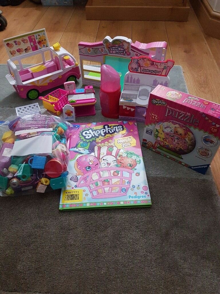 Selection of Shopkins items.