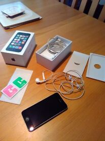 Apple iPhone 5s Black 16gb Very Clean Used £150ono