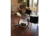 CB JUNIOR Drum Kit ( great starter set)
