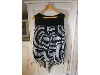 Gorgeous top by Ronen Chen size 16 NWOT