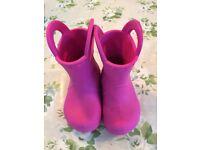 Kids Crocs Handle It Rain Boot pink sizee C6