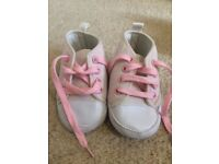 6-12 month converse shoes NEW without tagsz
