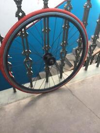 700c road wheel 40mm fixed andred tyre
