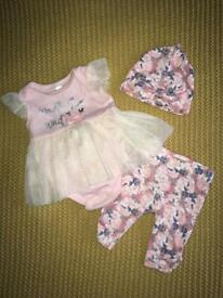 Baby outfit hat leggings and vest tutu set 0-3 months