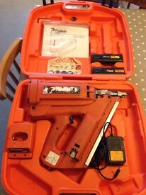 PASLODE cordless nail gun £160 . (Impulse IM350/90 ct) inc. bag full of nails