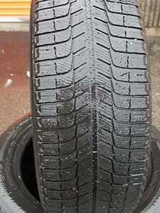 4 PNEUS HIVER - MICHELIN 225 55 17 - 4 WINTER TIRES