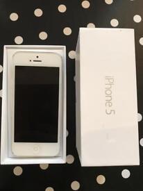 iPhone 5 - white/silver - UNLOCKED - 16GB - £70
