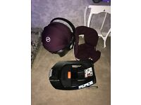 Cybex Aton Q Plus car seat from birth / Plum and isofix base with spare textile cover