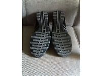 Womens skechers trainers size 6