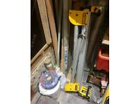 DEWALT CHOP SAW TABLE/ stand