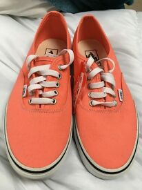 Brand new genuine van not a mark on them size 8