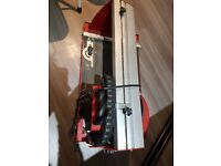 BENCH TILE CUTTER WITH STAND AND PUMP