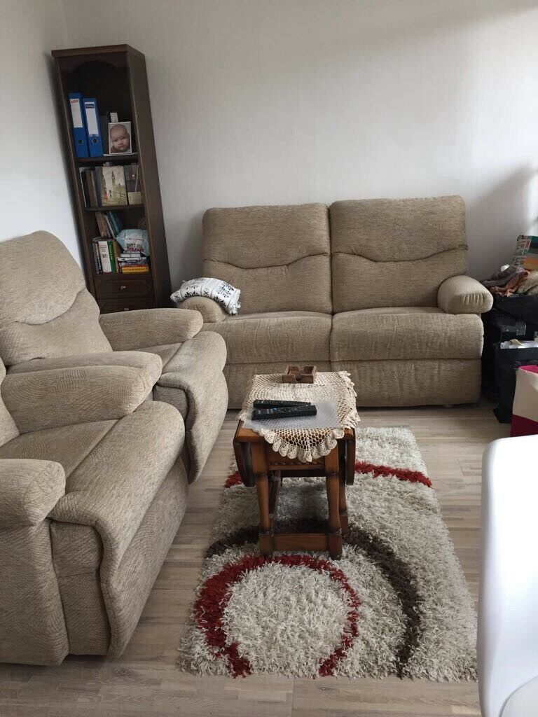 Sofa and 2 armchairs for sale in very good condition