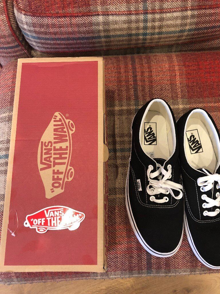 0e8264cfe4 Vans Authentic Black and White Size 8.5.