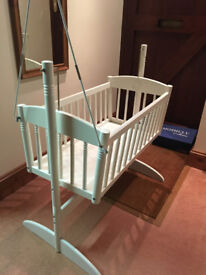 Swinging crib/cot/baby bed/moses basket, white, solid wood construction