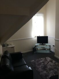 2 Bed Flat Lower Breck Rd £460 Free Wifi please call 07455157683