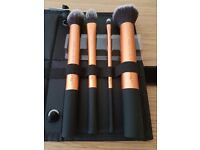 Real techniques by Sam and Nic Chapman make up brushes