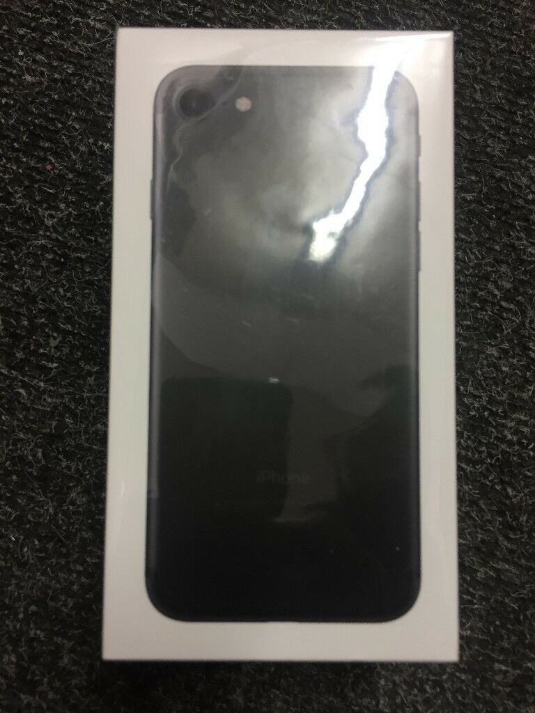 IPHONE 7G 32GB BRAND NEW SEALED BLACK 02/GIFFGAFF/TESCO NETWORK 12 MONTH WARRANTY