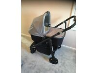 Uppa baby Vista travel system pram/pushchair and car seat adapters excellent condition