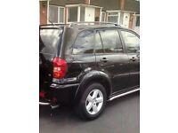 Toyota rav4,5 doors ,low miles,sat nav,full leather,4x4 jeep