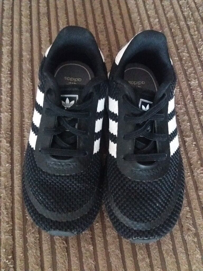 boys size 7 trainers adidas